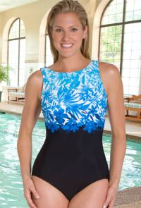 Swimwear to Wear At the Public Swimming Pool